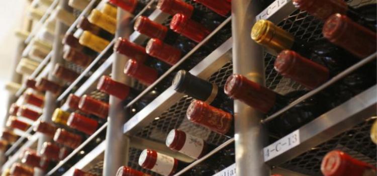 ソムリエ厳選!北から南まで<br /> イタリアワイン約100種常備